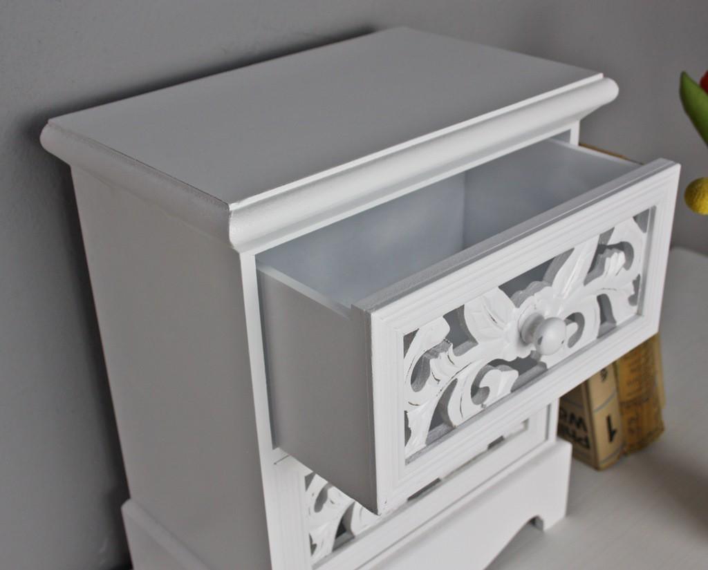 kommode klein schmuckkommode antik holz wei landhaus. Black Bedroom Furniture Sets. Home Design Ideas
