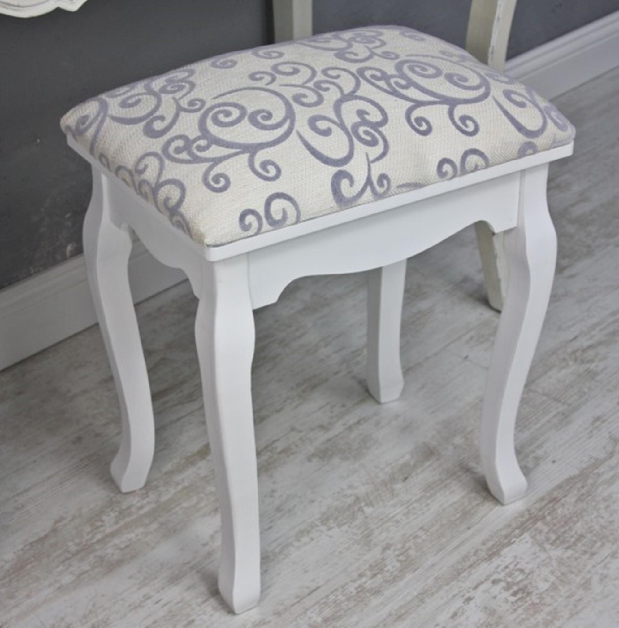 sitzhocker hocker wei landhaus stuhl schminktisch holzhocker schemel polster ebay. Black Bedroom Furniture Sets. Home Design Ideas