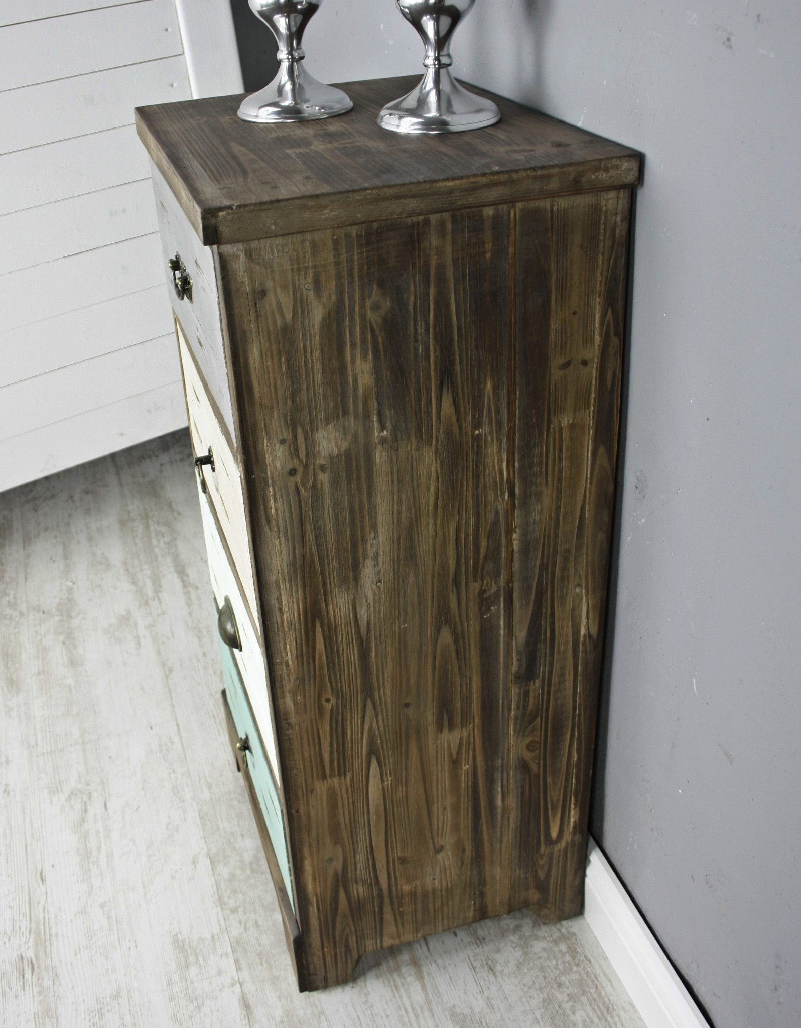 kommode bunt holz innenr ume und m bel ideen. Black Bedroom Furniture Sets. Home Design Ideas